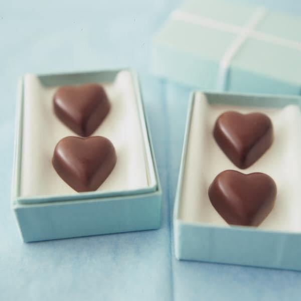 ハートの型抜きチョコレート
