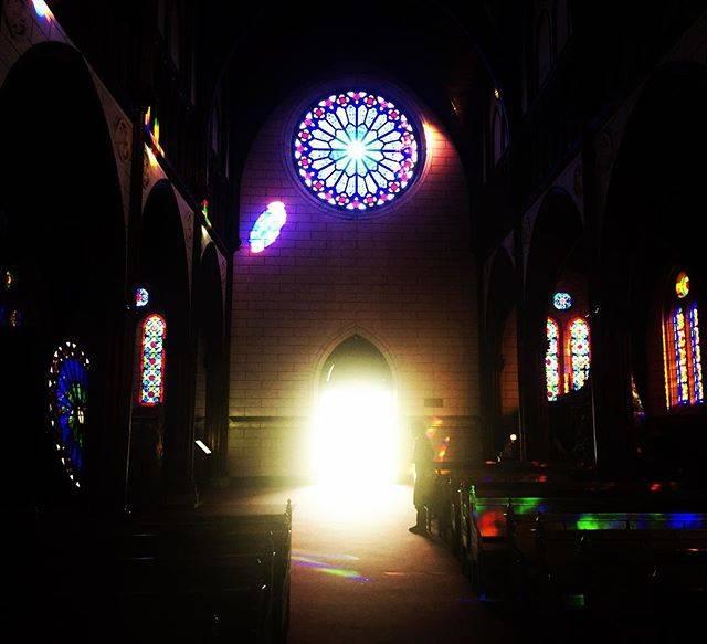 フォトジェニック 聖ザビエル天主堂 ステンドグラス