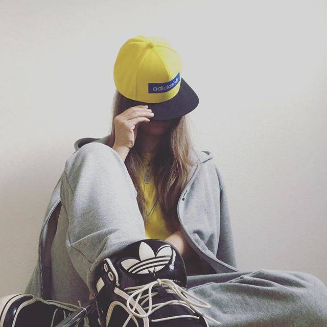 Instagram (35727)
