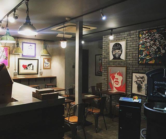 シロウズコーヒー 港店 (SHIROUZU COFFEE)