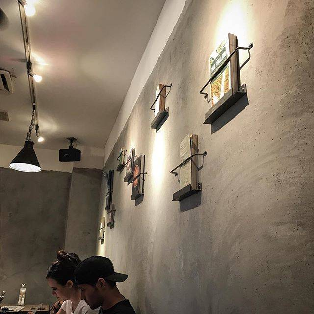 BURN SIDE ST CAFE (バーンサイドスト...