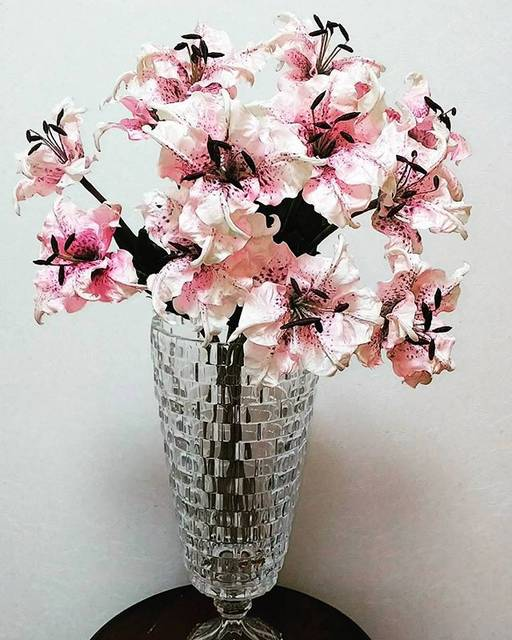 【ダイソー】造花 販売価格100円(+8%)