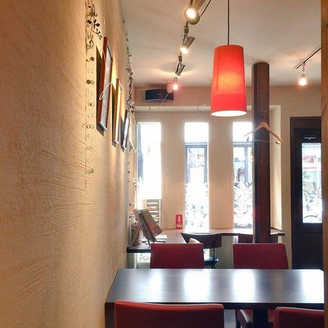 "miho on Instagram: ""ギャラリーカフェバー Tom's Cafe先日行ってきました。Wi-Fi電源完備、ゆったりした店内。気分を変えて作業したいときにいいかなぁと。 #カフェ #cafe #tomscafe #ノマド #nomad"" (55760)"