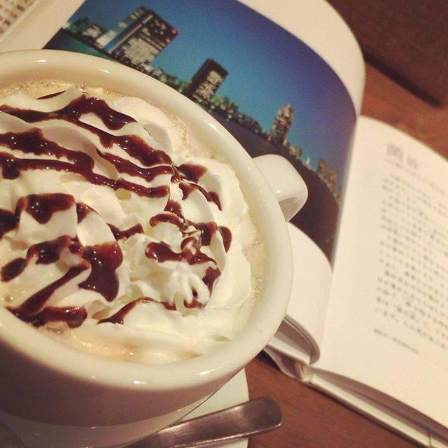 """shota wakabayashi on Instagram: """"こういうの、あれでしょ。インスタ映えって言うんでしょ。にしても、北千住いい街並みだなぁ笑古市場もこんなお店たくさんあったらいいのに。。 無理か。#北千住#ギャラリーカフェtom's cafe"""" (55761)"""