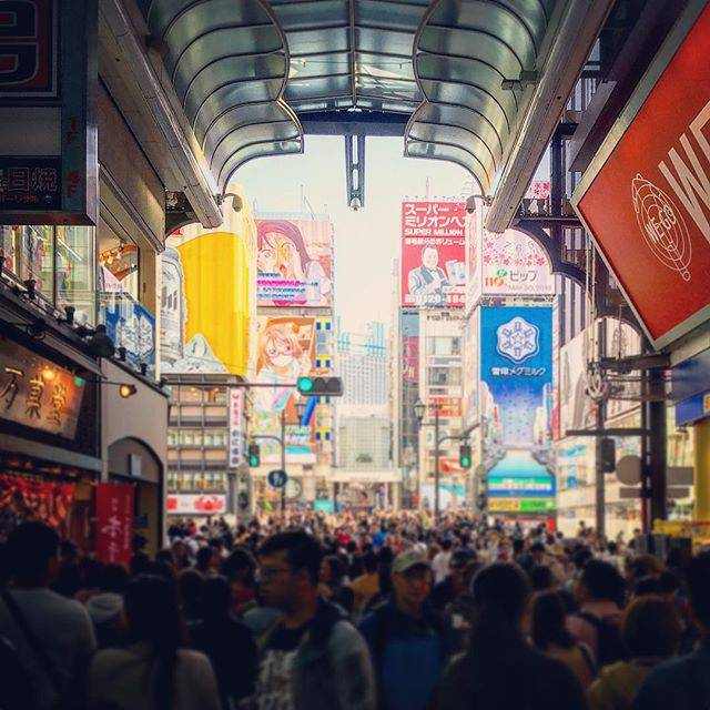 "Chikako on Instagram: ""人が多い👀#道頓堀 #心斎橋筋商店街 #人多い #trip #osaka #fun #people #popular #shinsaibashi #dotonbori #iphone"" (56313)"
