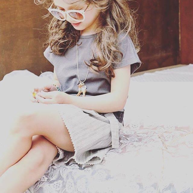 """lumière on Instagram: """"朝の時間‥👩🏻👧🏻⌛︎ お互いニッコリ☺︎☺︎ 『行ってきます』『行ってらっしゃい』が理想ですよね👋  しかしながら、なかなかそんなに上手くはいかないのが現実☁︎ 朝のケンカの原因の1つ  お着替え選び なかなか決められない、 というお子さんも多いですよね。…"""" (57864)"""
