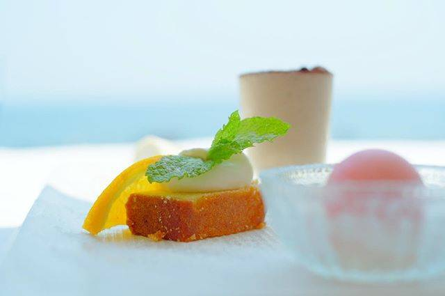 """ゆみん ( victoria) on Instagram: """"#七里ヶ浜 #アマルフィイデラセーラ#sweets #スウィーツ #エアリーフォト#オシャレ #fujifilmxt1 #ファインダー越しの私の世界 #カメラ好きの人と繋がりたい #blue 海風が気持ちいい〜"""" (59327)"""