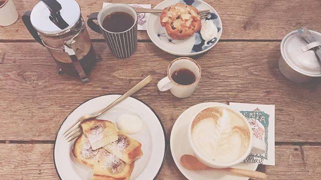 """ながいはるか on Instagram: """"砂糖なしでも飲める大人な女になりたい#coffeaexlibris#下北沢#0217"""" (59495)"""