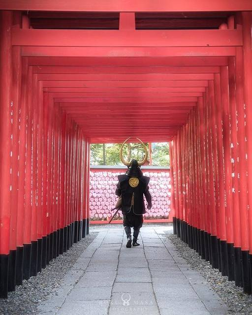 """@roku326 on Instagram: """"三光稲荷神社(姫亀神社) 〜時の境界〜 ・ 犬山城の登城口にあるハートの絵馬で有名な神社です。 ここで撮った写真、明るめと暗めでかなり印象が違って楽しかったです。なんとなくインスタ映えな感じがするのでpostは明るめのにします。(あざとい) ・…"""" (59540)"""
