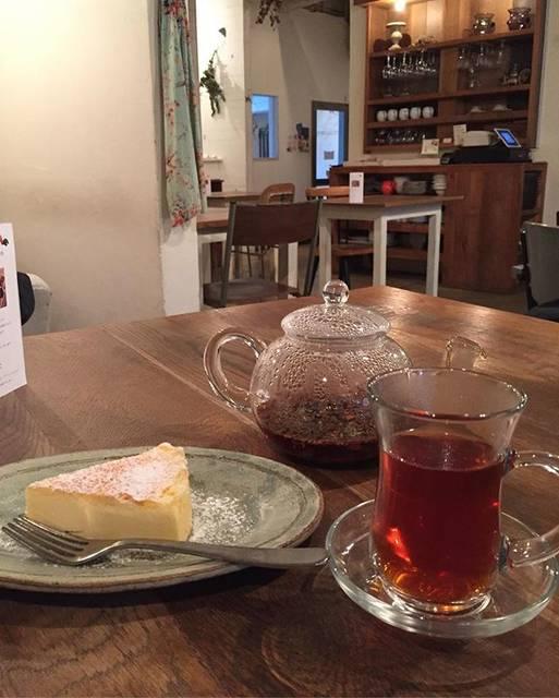 """ルク on Instagram: """"南フランス🇫🇷♡✴︎思わせるようなカフェここは時間がゆっくり流れてました。✴︎#キラキラカフェとねりこ  #福岡カフェ #赤坂 #fukuoka #過去pic 東京の友達から教えてもらった♫#かくれがカフェ #リピーター"""" (61171)"""