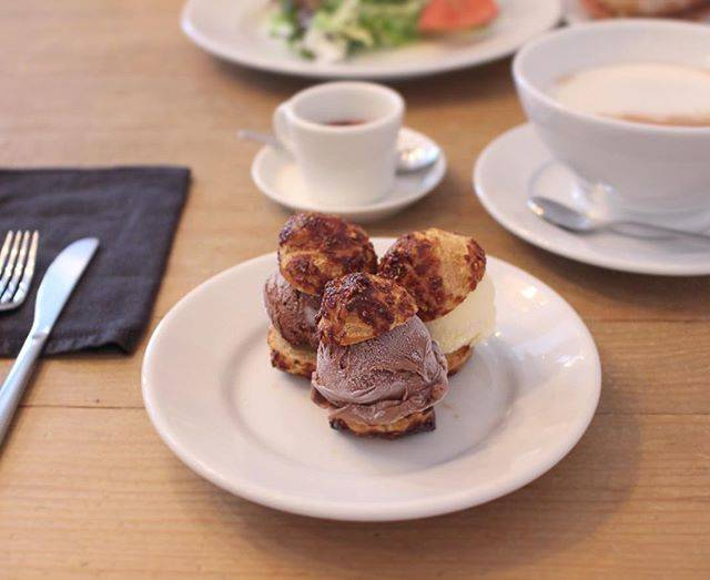 "chitose on Instagram: "". . . . 久しぶりのレントさん✩ やっぱりすてきな場所(*´˘`*) 今度はランチも食べてみたいな* . . #過去pic #cafedelento #カフェドレント #レント #プロフィットロール #アイス #ココア #元町 #神奈川カフ#カフェ部 #カフェ好き…"" (61596)"