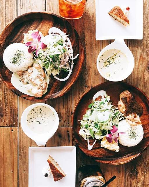 "Myloplus Cafe on Instagram: ""いつもたくさんのお客様にご来店頂き ありがとうございます😊🙏🏽💕 . 今日のプレートセットメニューは、 2種類の味からお選び頂けます 🍴❤️ 📷↞↞【 chicken Bluecheese source(チキンブルーチーズソース) 】 📷↠↠【 chicken Honey…"" (61811)"