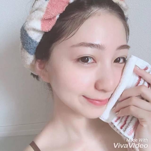 """松尾 瞳(お仕事のご依頼はメールへお願いします) on Instagram: """". こないだ最近の私のスキンケアを紹介したけど 洗顔は @fancl_official のパウダーです👻♡ . スキンケアも大事だけど、 美肌への近道はやっぱり1番は洗顔とのこと。。 . これは洗い上がりがつっぱらなくて (私はつっぱってピリピリするものが多い😠)…"""" (64448)"""