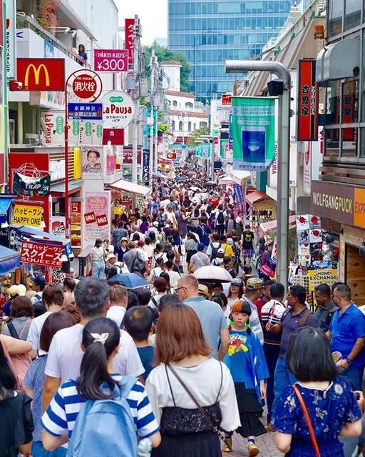 "Raphael John Augis on Instagram: ""T a K e S H i T a S T R e e T  #takeshitastreet #japan #tokyo #harajuku #竹下通り  #explorejpn  #discovertokyo  #sonya77ii  #sonyalpha…"" (64918)"