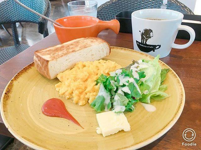 "@alamist.mcd on Instagram: ""ガーデンプレイスにある俺のベーカリー&カフェでモーニング🤗✨ テラス席もあっていい感じだった! 少し前までフルーツサンドがあったと思ったんだけど、無くなってた😭食べてみたかったなぁ。 #俺のベーカリーアンドカフェ #恵比寿ガーデンプレイス #モーニング #恵比寿 #カフェ…"" (66781)"