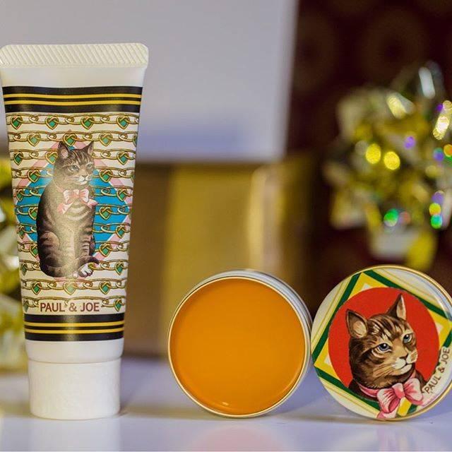 "PAUL & JOE BEAUTE on Instagram: ""Fragrance of stollen Suggestive of sweet and zesty orange peel🍊 Get ready to glow this Holiday season ❤ ■LIP TREATMENT BALM L ■MOISTURIZING…"" (68766)"