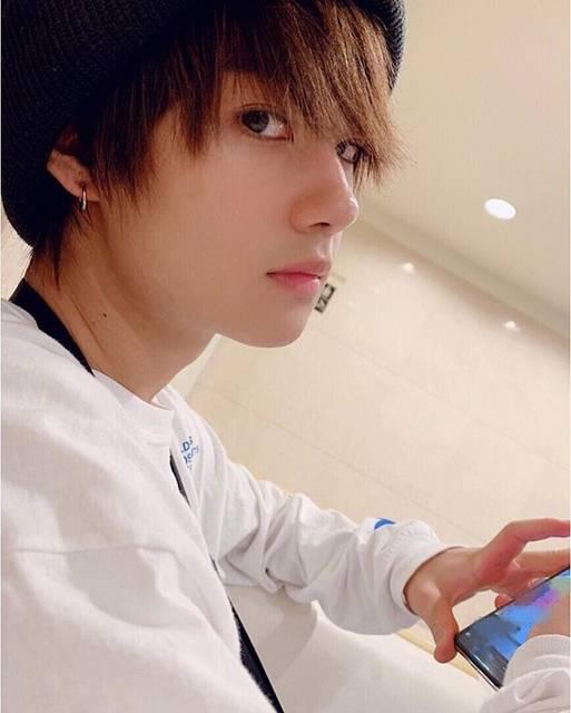 """佐野勇斗(M!LK) on Instagram: """"りゅうびちゃんが、 勇斗くん、もれてます! って送ってきてくれました  ありがとうりゅうび  #もれてますってなんだよお前!! #遠回しに失礼だぞおい! #爆笑🤣🤣 #琉弥 #佐野勇斗 #MILK  #今日は福岡たのしかったー!!! #明日は小倉でリリイベです #みんな…"""" (68877)"""