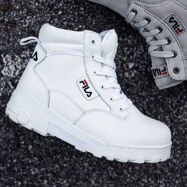 "FILA Europe on Instagram: ""For colder days: The FILA Grunge mid in white! #fila #streetstyle #ootd #appareal #womft #wdywt #sneakerlove #instakicks"" (69150)"