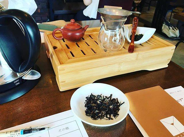 """聚書房 on Instagram: """"今日は中国茶の淹れ方を習いに表参道の #遊茶 へ。…"""" (70091)"""