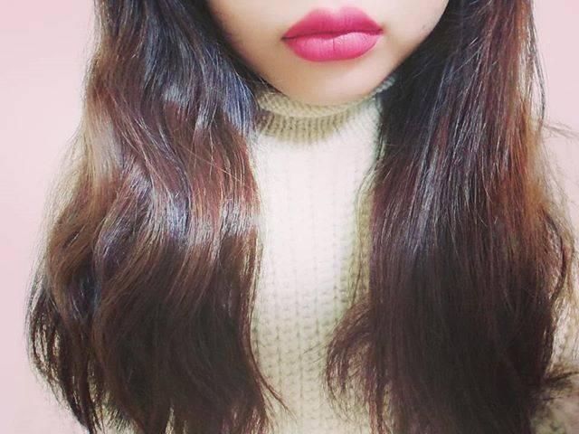 """ふくちん on Instagram: """"気になってたメイベリンのマットリップ 50番と80番買いました  80番つけてます 写真だと明るめに見えるけど、 実際は深めの色ですね バニラの匂いがする  #メイベリン #MAYBELLINE #superstaymatteink #スーパーステイマットインク #マットリップ…"""" (70206)"""
