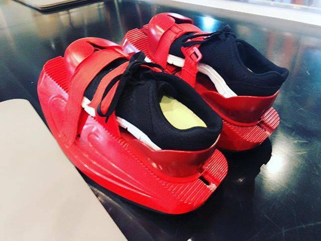 """西田 紗代 on Instagram: """"ㅤㅤㅤㅤㅤㅤㅤㅤㅤㅤㅤㅤㅤ ㅤㅤㅤㅤㅤㅤㅤㅤㅤㅤㅤㅤㅤ 初めてマスターストレッチを 受けさせてもらいました💪🏻! ㅤㅤㅤㅤㅤㅤㅤㅤㅤㅤㅤㅤㅤ マスターストレッチのシューズは 靴底がアーチになっているから 立つだけでも体幹めちゃめちゃ使えて 良きトレーニングに🤤…"""" (73586)"""