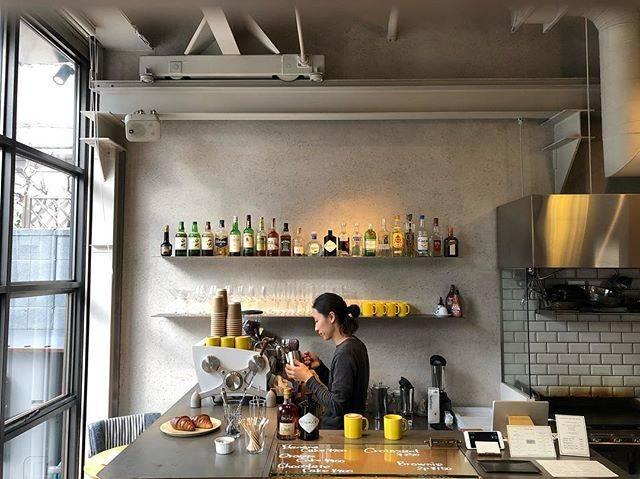 """Yellow 《カフェ》 on Instagram: """"@_yellowcafe_ #yellowcafe・今日も美味しいコーヒーをご用意して、18:00までおまちしています!!・・"""" (73859)"""