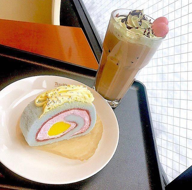 """札幌ネイルサロンALLURE on Instagram: """".可愛い🦄✨.#札幌#カフェ#タリーズ#tullys #cafe#ゆめかわいい#札幌カフェ#ロールケーキ"""" (74478)"""