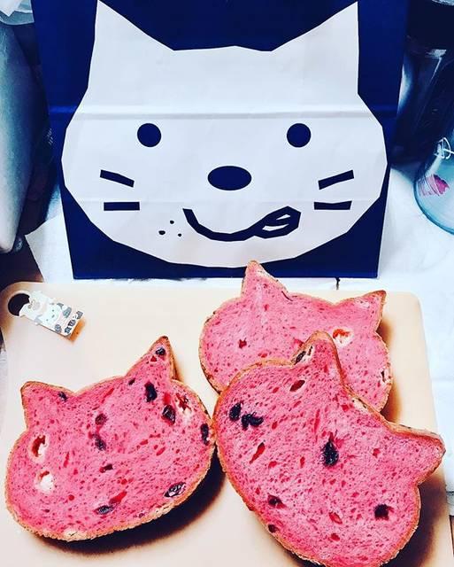 """tomokichi on Instagram: """"#いろねこ食パン#かわいい#おいしかった"""" (74501)"""