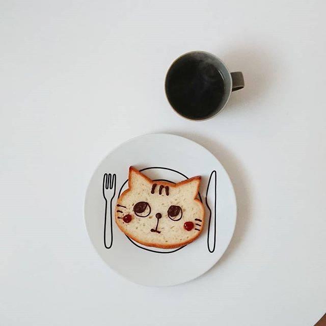 """miko on Instagram: """"😾#いろねこ食パン .#大阪パン#新阪急ホテル"""" (74508)"""