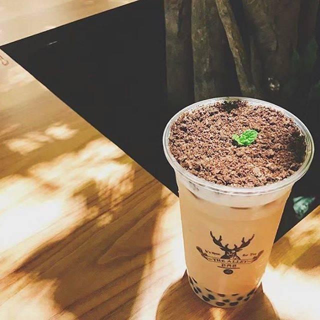 "Jom Lepak Crew on Instagram: ""@jomlepakcrew recommends @thealley.my • • • Come have a drinks tonight!  #jomlepakcrew #thealley #thealleylujiaoxiang #thealleymalaysia…"" (75669)"