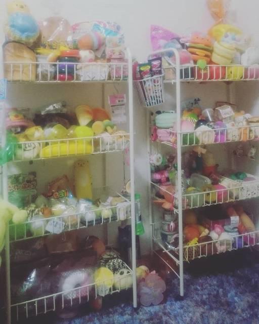 "hikaru on Instagram: ""スクイーズ、ワゴンで収納しているよ🎡#スクイーズ#ワゴン収納#私のお部屋#スクイーズ収納"" (76242)"
