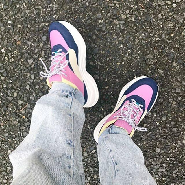 """みくっきー on Instagram: """"...やっぱり色味があるほうがカワイイね👟🎀♡...#gu #shoes #sneaker #ダッドシューズ  #ダッドスニーカー #denim #pants #足元倶楽部 #mikucky_code"""" (76602)"""