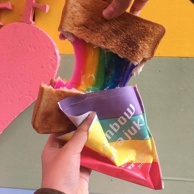 """Japan Candy Box on Instagram: """"🌈 Taste the rainbow in @le_shiner_jp toast cafe in Harajuku, Tokyo! 🍞😍 These colorful treats are as delicious as they look! 😋 ❤️📷 by…"""" (78059)"""