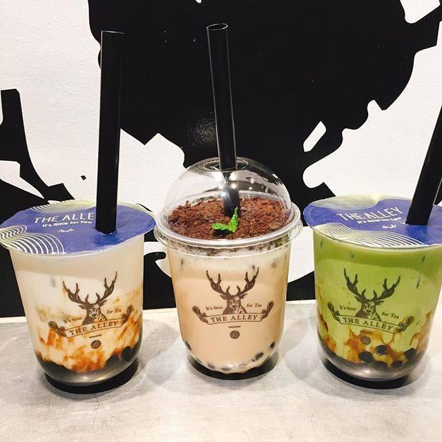 "Shiori on Instagram: "". ✳︎ ✳︎ THE ALLEY💕 ✳︎ ✳︎ #THEALLEY #ジアレイ #鹿角巷 #タピ活 #タピオカ #タピオカ巡り #タピオカグラム #新宿カフェ #新宿 #東京 #dessert #food #desserts #yum #yummy #instafood…"" (78460)"