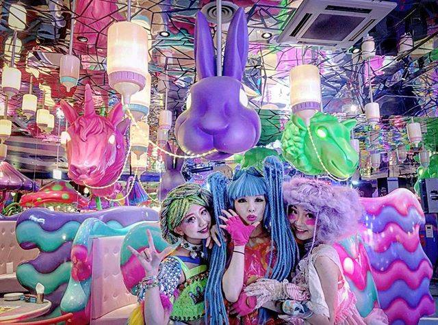 "KAWAII MONSTER CAFE on Instagram: ""We open everyday❤️💛💙💜💚 Repost from @mythicachaaan_ thank you for coming💓😘"" (78797)"