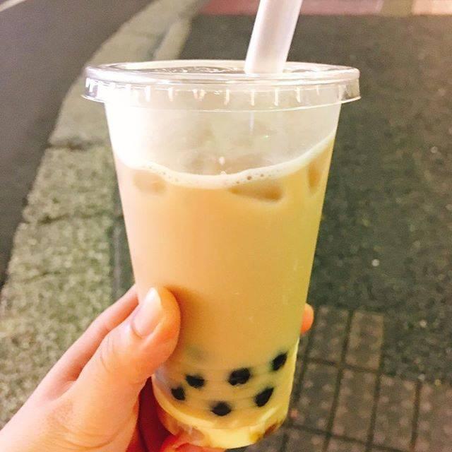 """@mikiyoshii on Instagram: """"タピオカ×プリン=カロリー摂りたいときに最適#QQ屋台屋 #カロリー摂ったって感じ #甘め #チャタイムの80パーより甘かったよ😇"""" (79082)"""