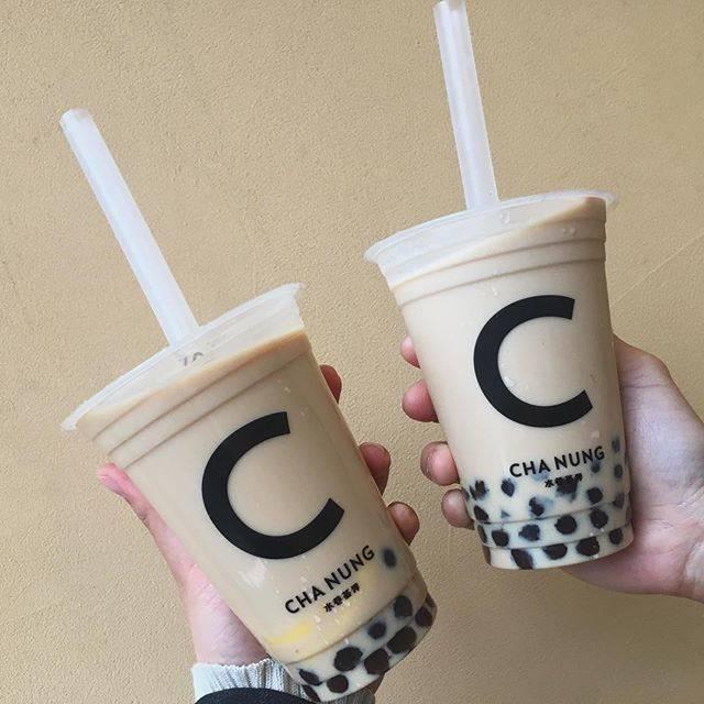 "@oioi__pipi on Instagram: ""New open🖤©️・・#chanung #表参道カフェ #原宿カフェ#タピオカミルクティー #0427"" (81015)"