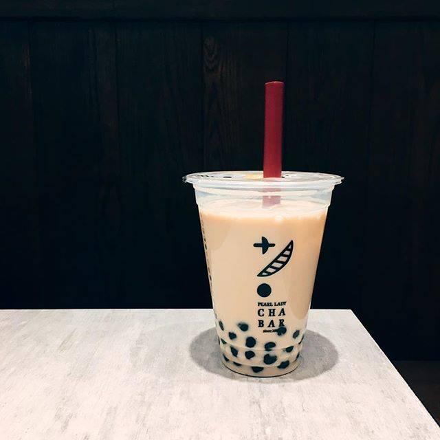 """キミ on Instagram: """"20170225-日本就是這樣☝🏼如果說要「少冰」飲料量就會像這樣少很多這是ㄧ口都還沒喝的情況之下🤷🏼♀️如果我說要去冰飲料大概只剩ㄧ半🤦🏼♀️-#tokyo #タピオカ #新宿 #chabar"""" (83385)"""