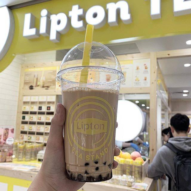 "yuriel @nagoya on Instagram: "". . .【#liptonteastand】 . #ラシック にあるリプトンのティースタンドです!出来た当初は大並びでしたが、今は結構空いていたので行ってきました🙋♀️ . ☑️#タピオカロイヤルミルクティー (¥620) . #アールグレイ…"" (84757)"