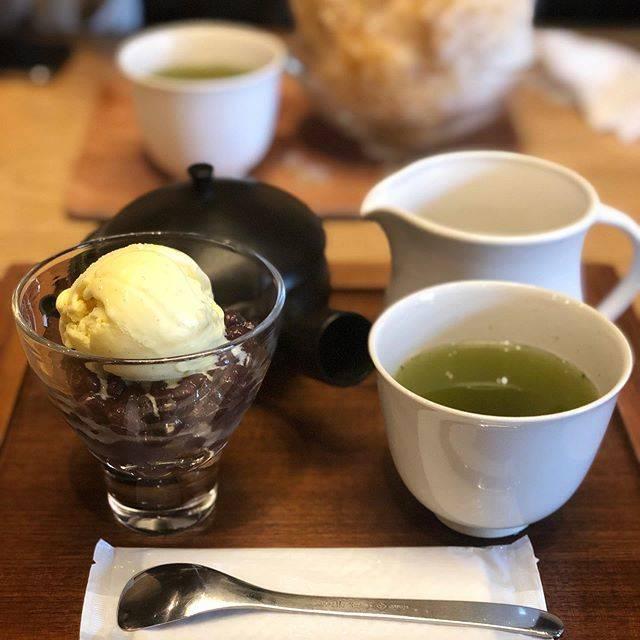 "Yuko on Instagram: ""朝のお散歩。 ヒカルヤでモーニングの後はお茶屋さんのすすむ茶屋へ。 前回、喫茶に入れなかったけど、今日は一番客でっ😊 めちゃくちゃ美味しい日本茶で感動‼️日本人で良かった〜😍 #すすむ屋茶店 #すすむ茶屋…"" (85114)"