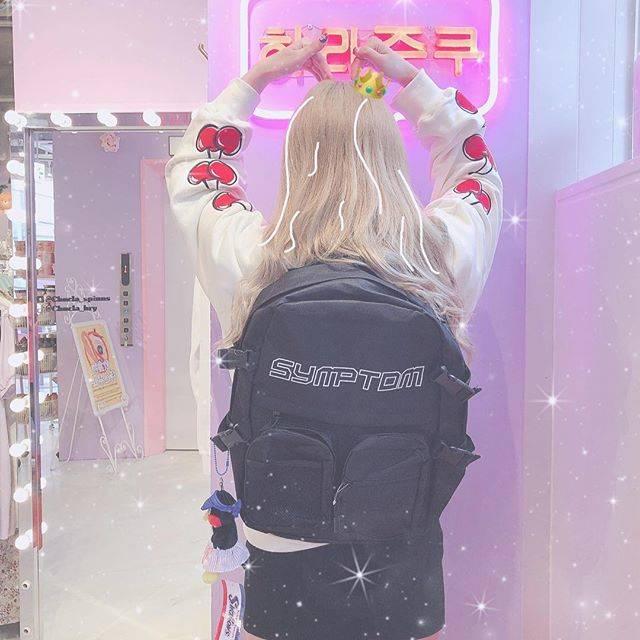 "Chucla by SPINNS on Instagram: ""❤︎BAG pack❤︎可愛いシルエットのリュックが入荷しました❤️🍒韓国では大きめのリュックが流行っていて韓国系のファッションの時に背負ったら後ろ姿も可愛くなります❤︎❤︎🍒price¥2,999+tax〜"" (86261)"