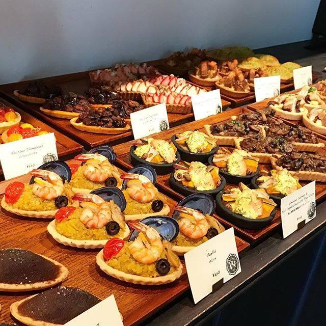 """erico doiji   土井地 英理子 on Instagram: """"やっと行けた、甘くないタルトのお店what a tart!とにかく美味しい♡朝9時からやってるのも有難い😝#whatatart#tart #タルト#平日しかやってないらしい"""" (87001)"""