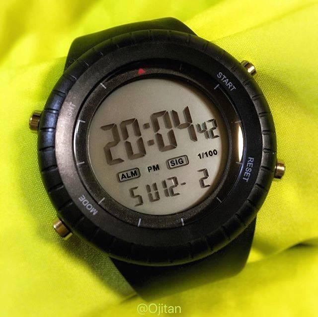 "Jun Sasaki on Instagram: ""My new watch...⌚️324JPY💴 ダイソーでブループラネットの新作らしき時計をゲット。某時計ソックリだけど、残念ながら非防水。 #watch #daiso #¥324 #blueplanet #digital #nowaterresistant #ダイソー…"" (87459)"