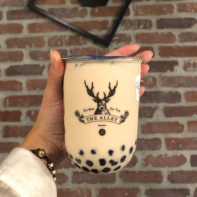 """The Alley Los Angeles on Instagram: """"Get to sipping 🥤 with our delicious boba! We are committed to providing high-quality, all natural ingredients to craft the perfect tasting…"""" (88472)"""