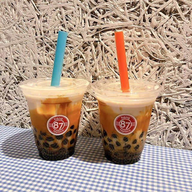 """ひろこ on Instagram: """"#マルイ のB1に先月オープンした#ハナタピオカ ꖜ . ☆#黒糖ミルク たっぷり入った大粒の#タピオカ は#わらび餅 の様なもちもち感❤︎ #黒糖 もめっちゃ濃いのでまるで#和スイーツ みたいでかなり好みで美味しかったぁ☺︎ . #ハナカレー…"""" (88508)"""