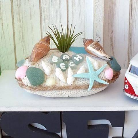 """あいぷれい✴️ビーチマリン&アンティークスタイル on Instagram: """"自然素材の珊瑚のかけら☆  海インテリアに最適なサンゴのデコレーションオブジェ!  シーグラスでBEACH!  貝殻、ヒトデ等をデコレーションしてみました。  #ビーチディスプレイ#ビーチインテリア#ビーチハウス#ビーチ雑貨…"""" (88940)"""