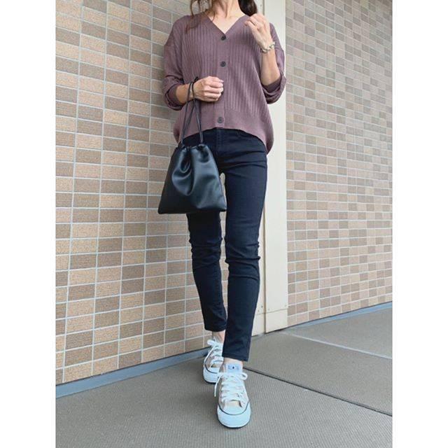"𓇼kanakana𓇼 on Instagram: ""今日のコーデ𓇼 ・ 昨日のコーデ💦 ・ @gu_for_all_ の#ワイドリブコクーンカーディガン はブラウンにしました! 色味も形も可愛くてお気に入り✨ ・ tops#gu  pants#無印良品  bag#greenlabelrelaxing…"" (89060)"