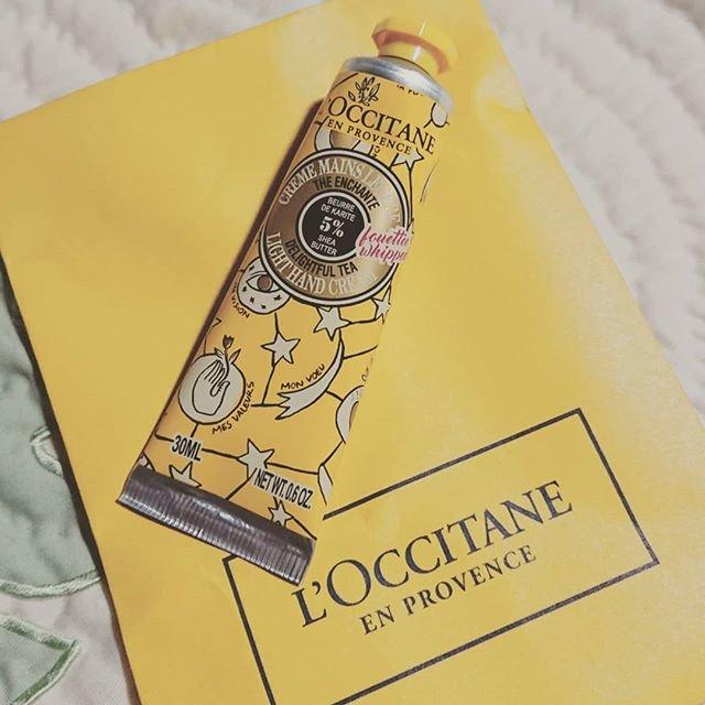 ayakotaさんはInstagramを利用しています:「プレゼントくれた😌✨ものすごく好みの香り❤️L'OCCITANEのハンドクリームはやっぱり好きだな😆🎶✨ #ロクシタン#転職祝いありがとう」 (90544)