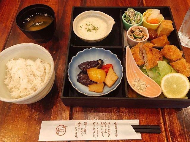 """かえる on Instagram: """"#寺カフェ代官山"""" (91815)"""