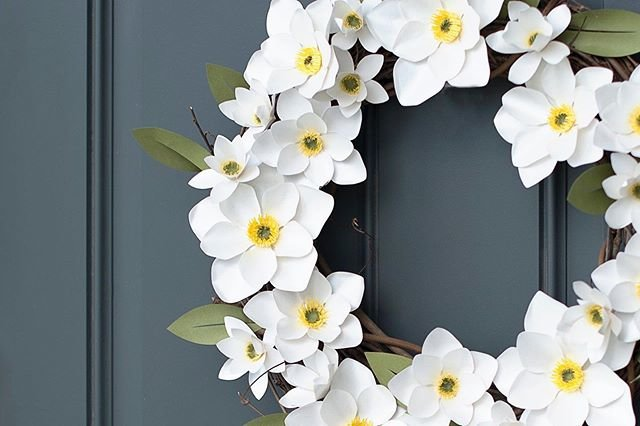 """Silhouette Japan【公式】 on Instagram: """"お花のリースで部屋を飾りませんか?🌸 紙で作製すれば、枯れることもなく長く飾れます☺💕 #シルエットカメオ #silhouettecameo #silhouettecameo3 #homedeco #ホームデコ #handmade #ハンドメイド #手作り #diy…"""" (93842)"""